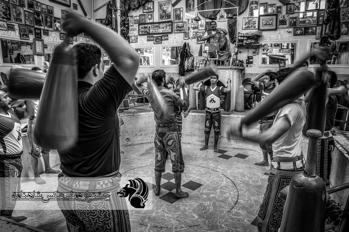 زورخانه ورزش اصیل ایرانی عکاس : امیرحسین کمالی از اصفهان